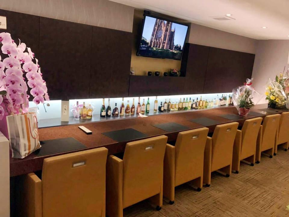 Lounge CREA(ラウンジ クレア)